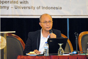 Mr. Agus Sardjono ( Lecturer of IP, Faculty of Law, University of Indonesia)